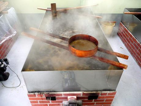 龍神梅肉エキス製造過程