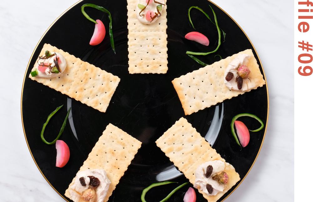 マスカルポーネチーズディップ2種のカナッペ